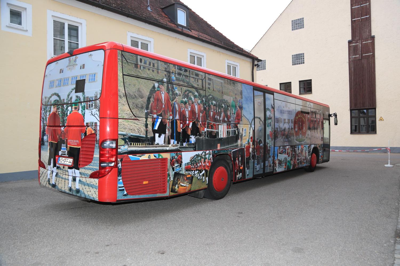 Wir bedrucken Busse